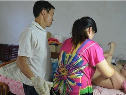Felçli kocasını boşadı, en yakın arkadaşıyla evlendi