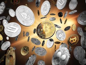 En yüksek hacimli ilk 10 kripto para birimi son 24 saatte tepki alımıyla yükselişe geçti. Bitcoin ise 9 bin dolar sınırına dayandı.