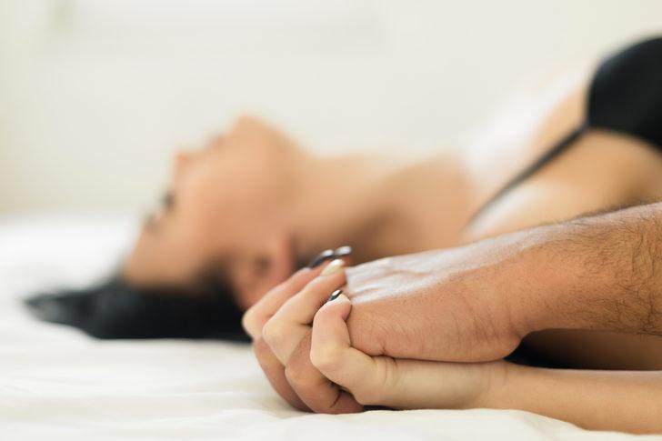 Bu seks pozisyonları hem yağ yaktırıyor hem de daha çok zevk almayı sağlıyor