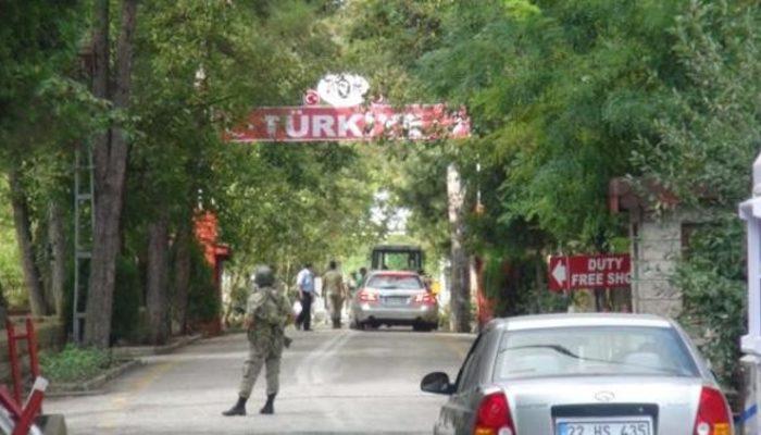 Edirne'de gözaltına alınan 2 Yunan askeri tutuklandı