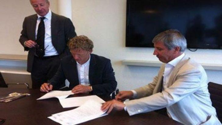Kuyt transferi İngiltere'yi salladı!