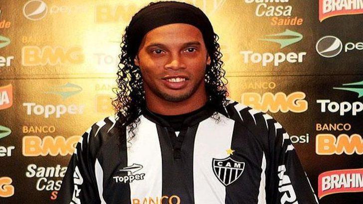 Ve Ronaldinho imzaladı!