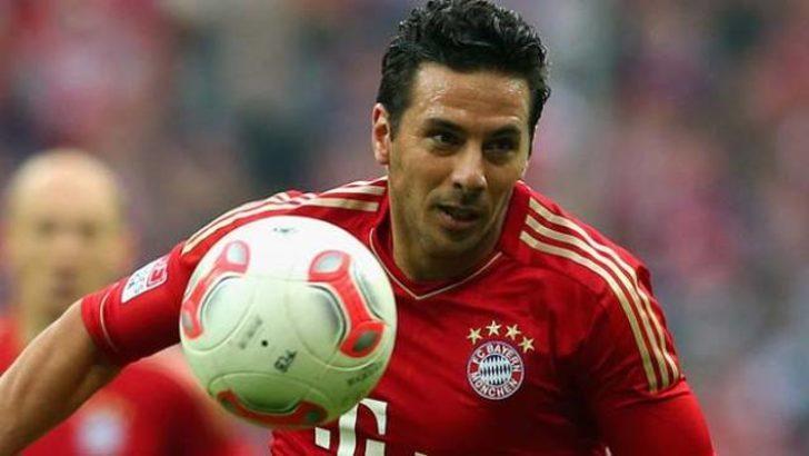 Pizarro sözleşme uzattı!