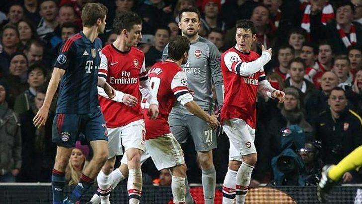 Mesut Özil'e bir şok daha..
