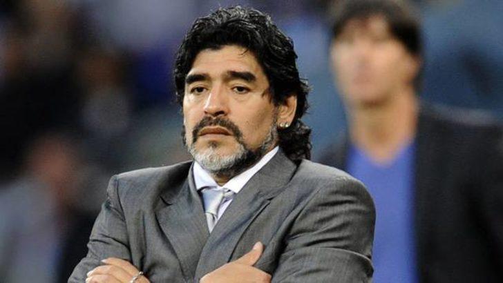 FIFA Maradona'ya yasak getirdi