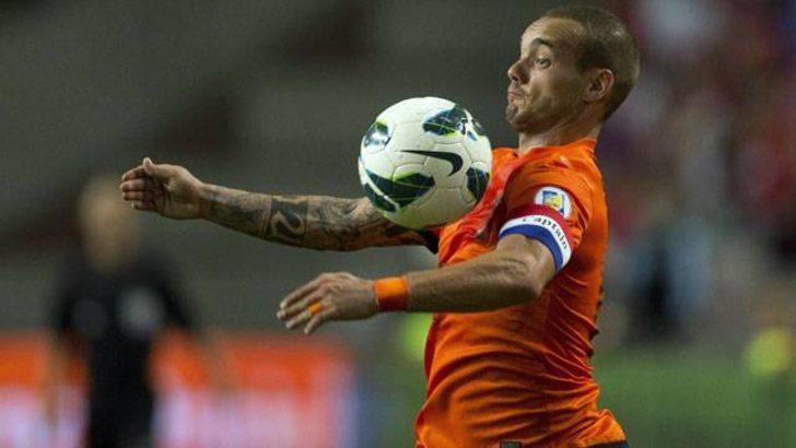 Hooijdonk, Sneijder'i bombaladı!