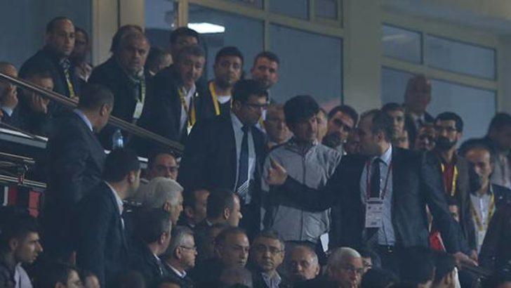 Fenerbahçe'nin golü tribünleri karıştırdı