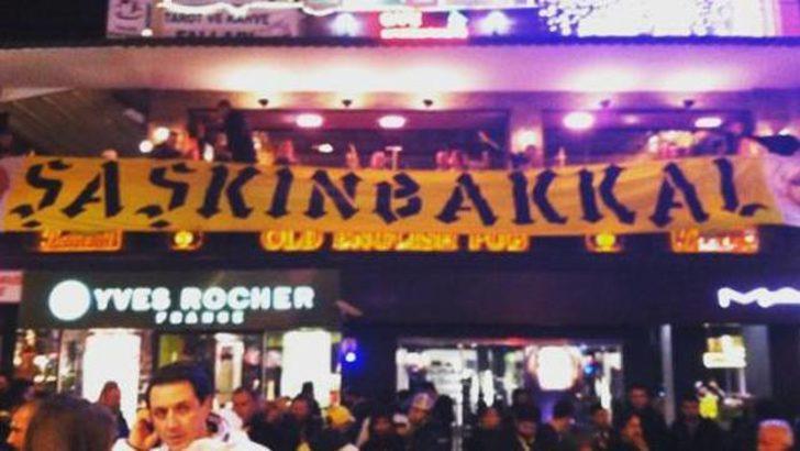 Fenerbahçeli taraftarlar Madrid'e akın etti