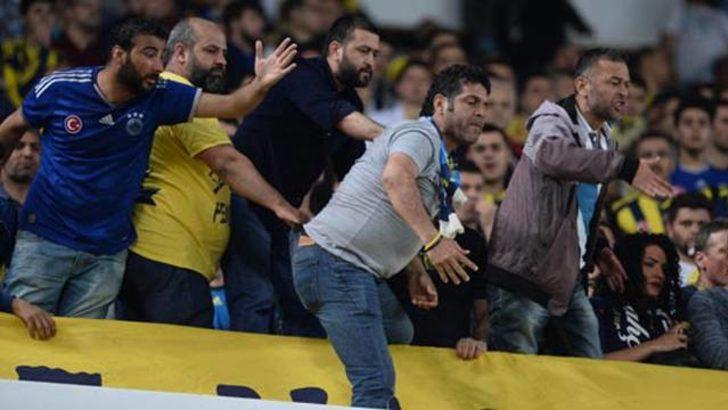 Fenerbahçe taraftarı arasında olay