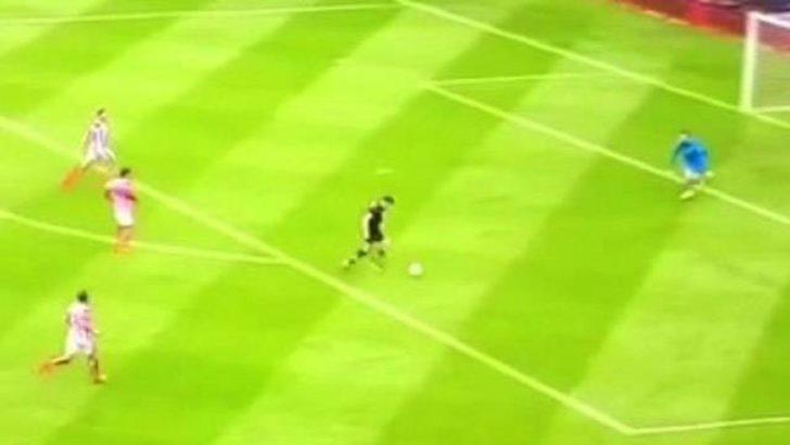Dünya bu golü konuşuyor! Efsane Gerrard'a saygı duruşu...