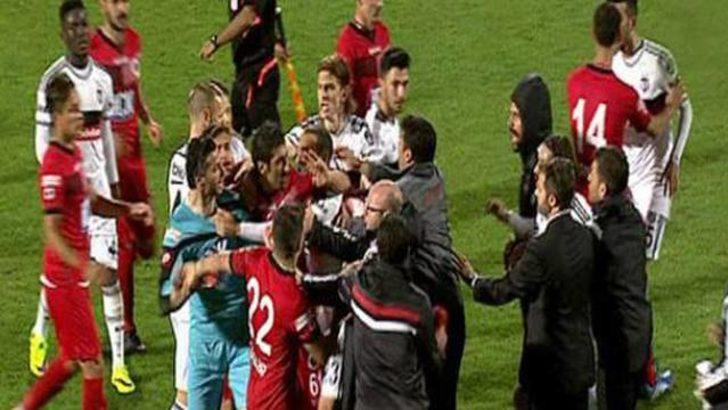 Beşiktaş-Gençlerbirliği maçında kavga