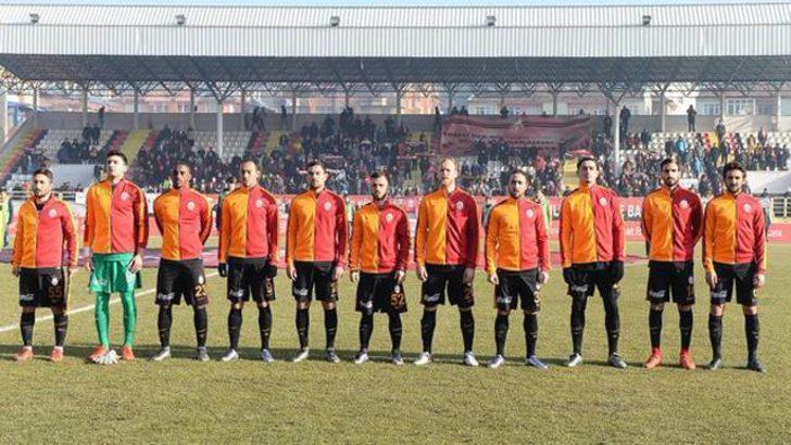 Kastamonu-Galatasaray maçında tribün çökmesin diye...