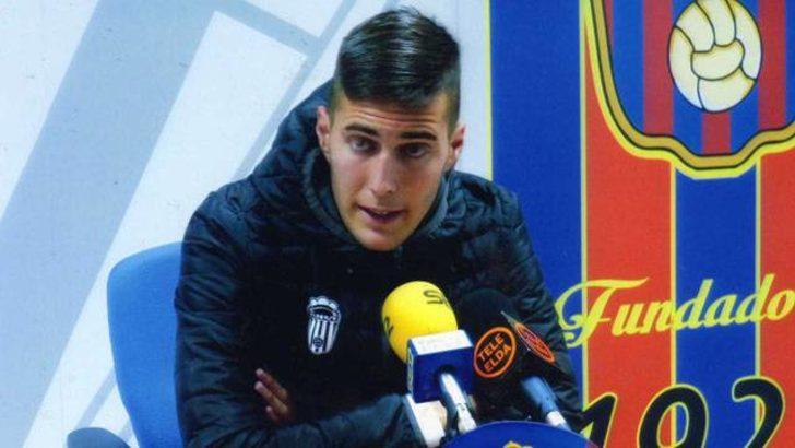 İki yıl önceki tweetleri yüzünden Barcelona'dan kovuldu