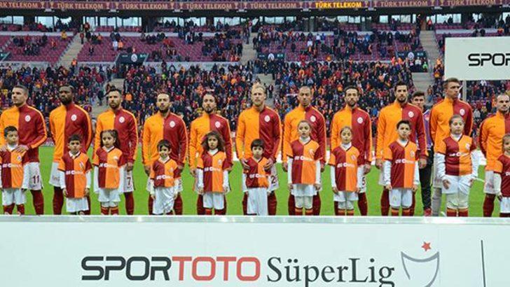 Galatasaray'dan taraftarın sevmediği seçim!
