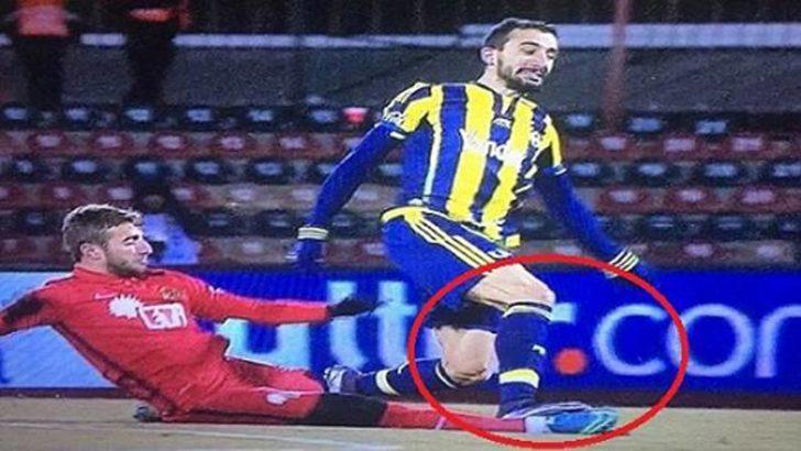 Eskişehirspor-Fenerbahçe maçında Alpaslan'ın kırmızı kartına isyan