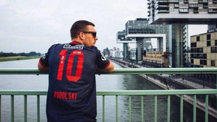 Galatasaray'dan Podolski'ye 'İhanet' tepkisi