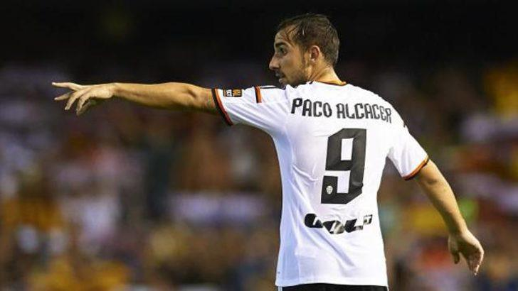 Barcelona, Paco Alcacer'i bitirdi!
