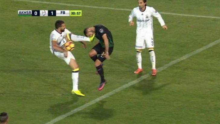 Galatasaray maçı öncesi Fenerbahçe'ye çifte darbe