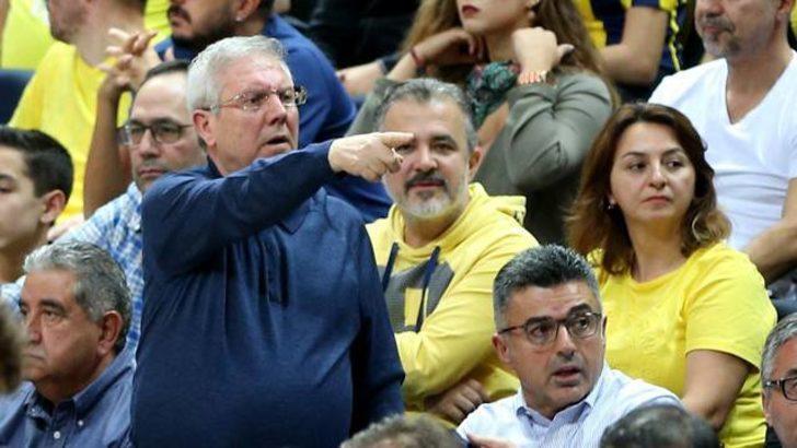 Fenerbahçe - Galatasaray Odeabank maçında ortalık karıştı