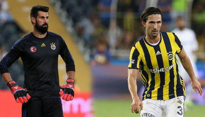Volkan Demirel ve Hasan Ali Kaldırım imzalıyor