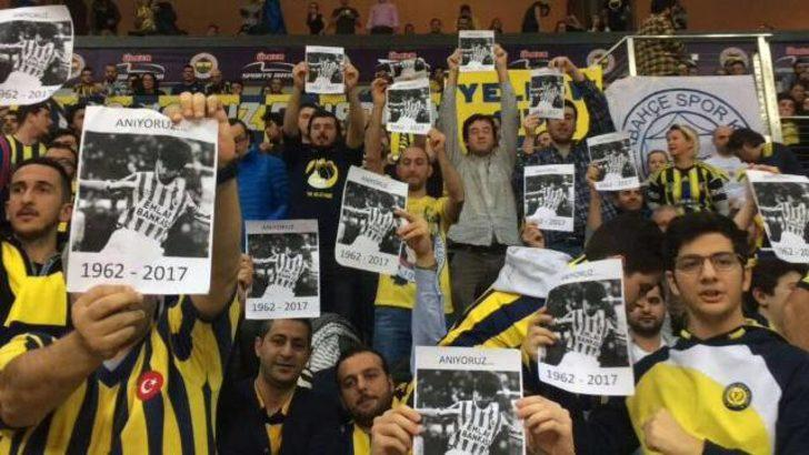 Fenerbahçeli taraftarlardan Rıdvan Dilmen'e tepki