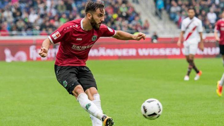 Kenan Karaman, Beşiktaş'a imzayı atıyor