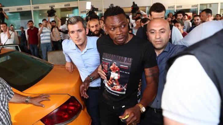 Carlos Kameni İstanbul'a geldi