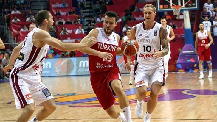 EuroBasket 2017'de Türkiye, Letonya'ya yenildi