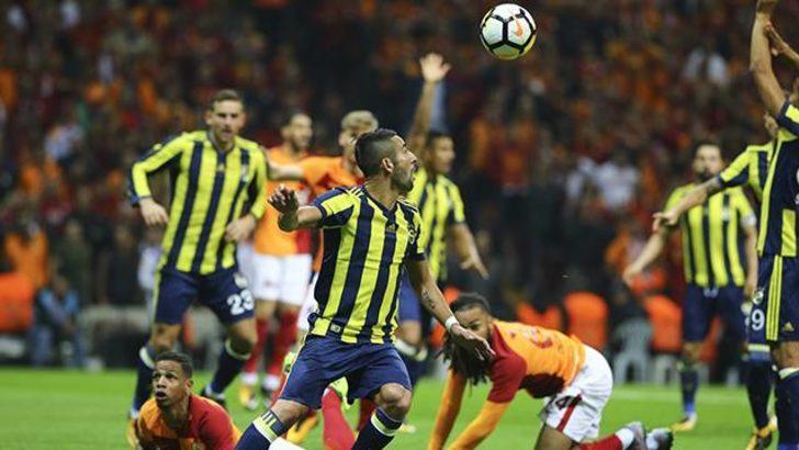 Cüneyt Çakır'ın vermediği penaltılar Galatasaray ve Fenerbahçelilieri çileden çıkardı