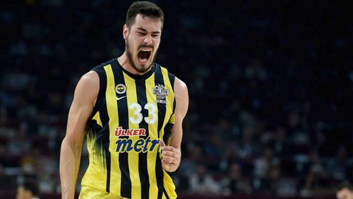 Nikola Kalinic 4-5 hafta sahalardan uzak kalacak