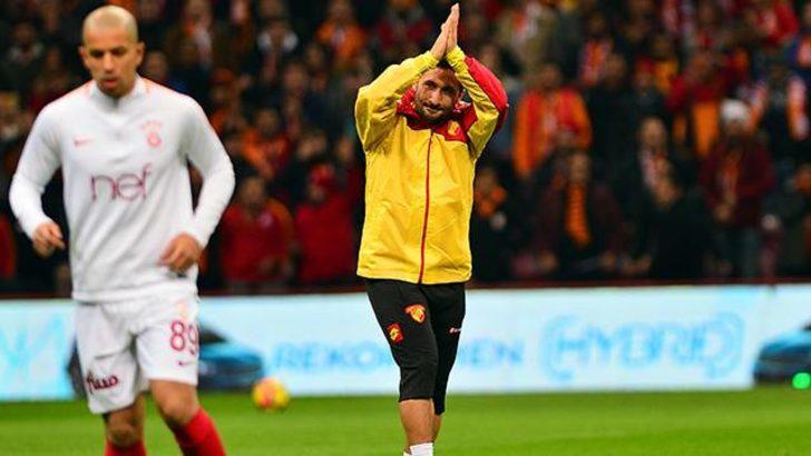Galatasaray taraftarı Sabri Sarıoğlu'nu unutmadı