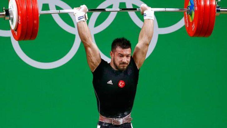 Daniyar İsmayilov sporcuya çatalla saldırdı