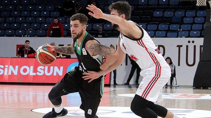 PTT Erkekler Türkiye Kupası'nda ilk yarı finalist Darüşşafaka