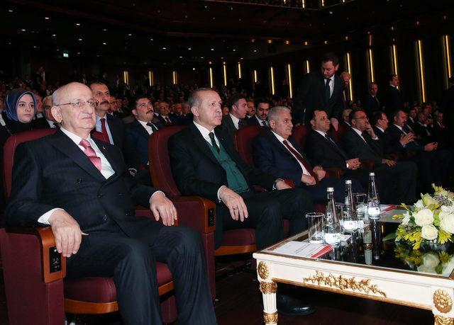 Erdoğan: Bir ülkede halk bunalmış ellerini semaya açarak adalet çığlığı atar hale gelmişse yargı sisteminde sorun var demektir