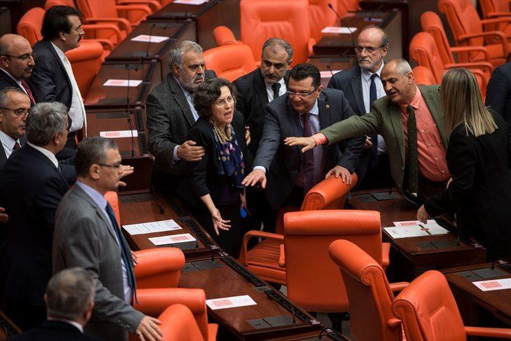 Meclis'te Afrin kavgası! Yaralanan vekiller var