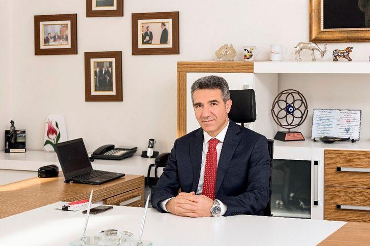"""Medical Park İzmir Hastanesi Genel Müdürü Veysi Kubba, """"Sağlık sektörü kadınlar için liman haline geldi"""""""