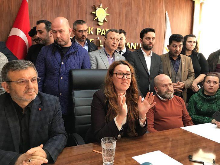 AK Parti'nin tek kadın il başkanı istifa etti
