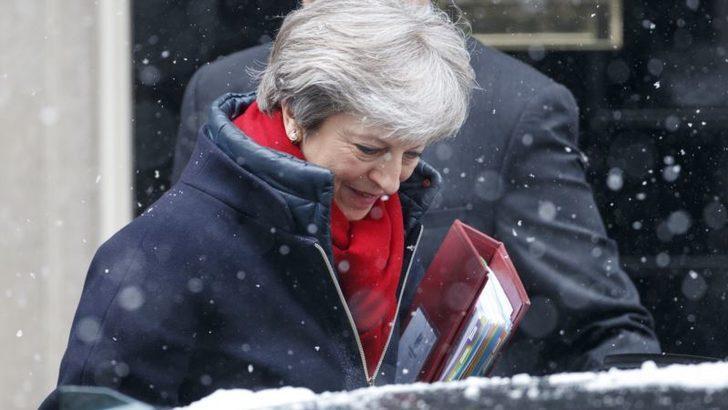 İngiltere Başbakanı'ndan Moskova'ya Uyarı