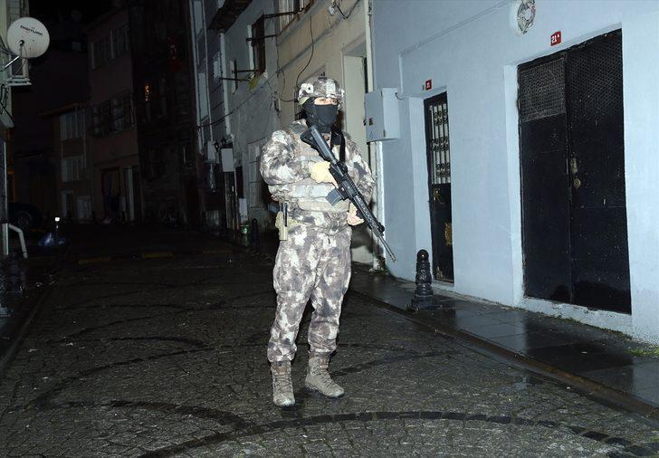 İstanbul'da terör operasyonu! Çok sayıda adrese baskın