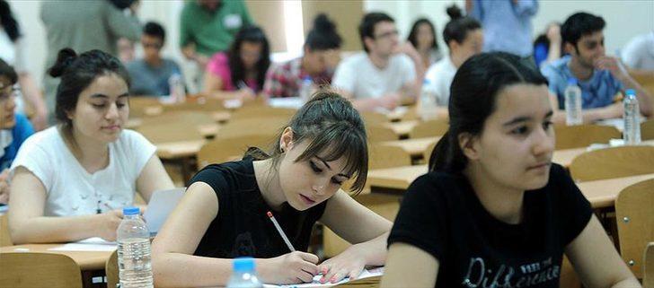 AÖF sınavları ertelendi mi? Anadolu Üniversitesi'nden açıklama var mı?