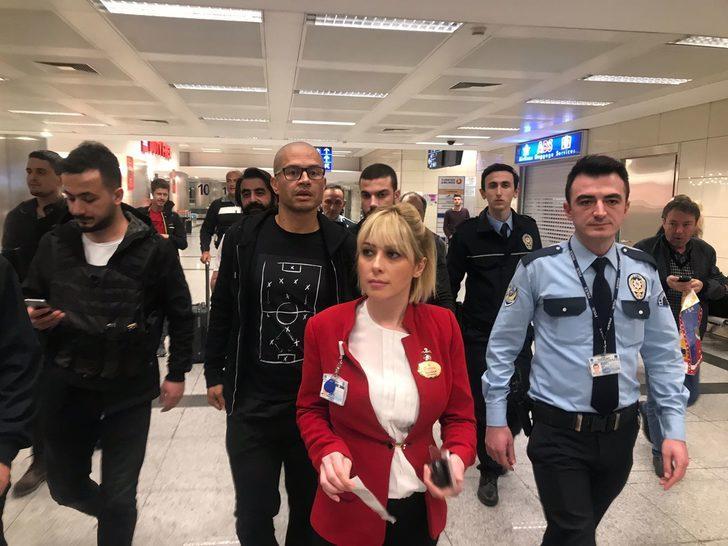 Alex, İstanbul'a geldi