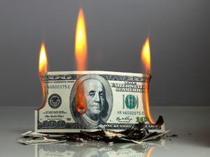 Commerzbank: Dolar 6 lirayı bulabilir
