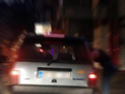 Otomobil içinde fuhuş yaparken basıldılar!