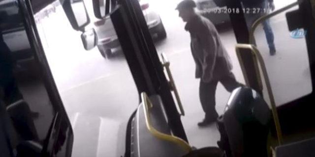 Halk otobüsü şoförü fenalaşan yolcuyu hastaneye böyle yetiştirdi