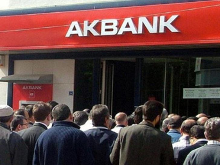 Bakanlar Kurulu, Akbank'ta grev kararını 60 gün erteledi