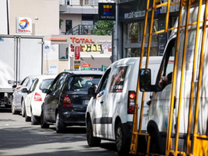 Fransa'da benzin sorunu yaşanıyor