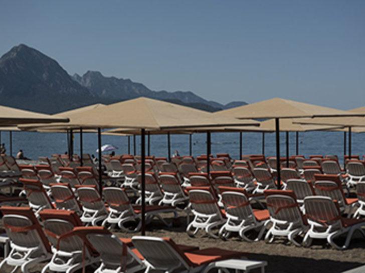 """FT : """"Türkiye'nin bölgesel politikaları turizm sektörünü tamamen yok edebilir"""""""