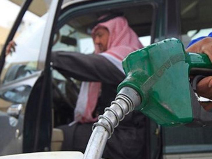 Suudi Arabistan'da benzin fiyatlarına yüzde 127 zam