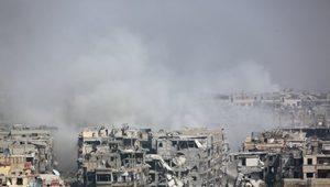Suriye'de İsyancılar Kuşatma Altındaki Harasta'yı Boşaltıyor