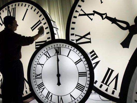 Yaz saati uygulaması başladı mı? Saatler ileri alınacak mı? Türkiye'de saat kaç?